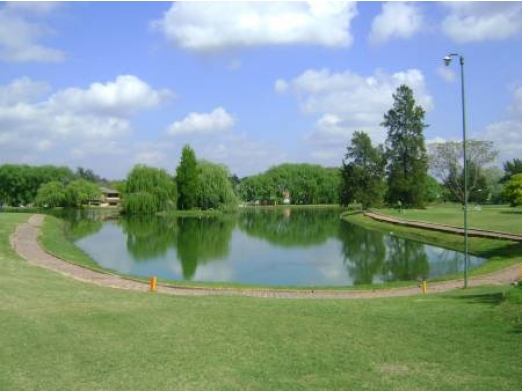 Pilar del Lago
